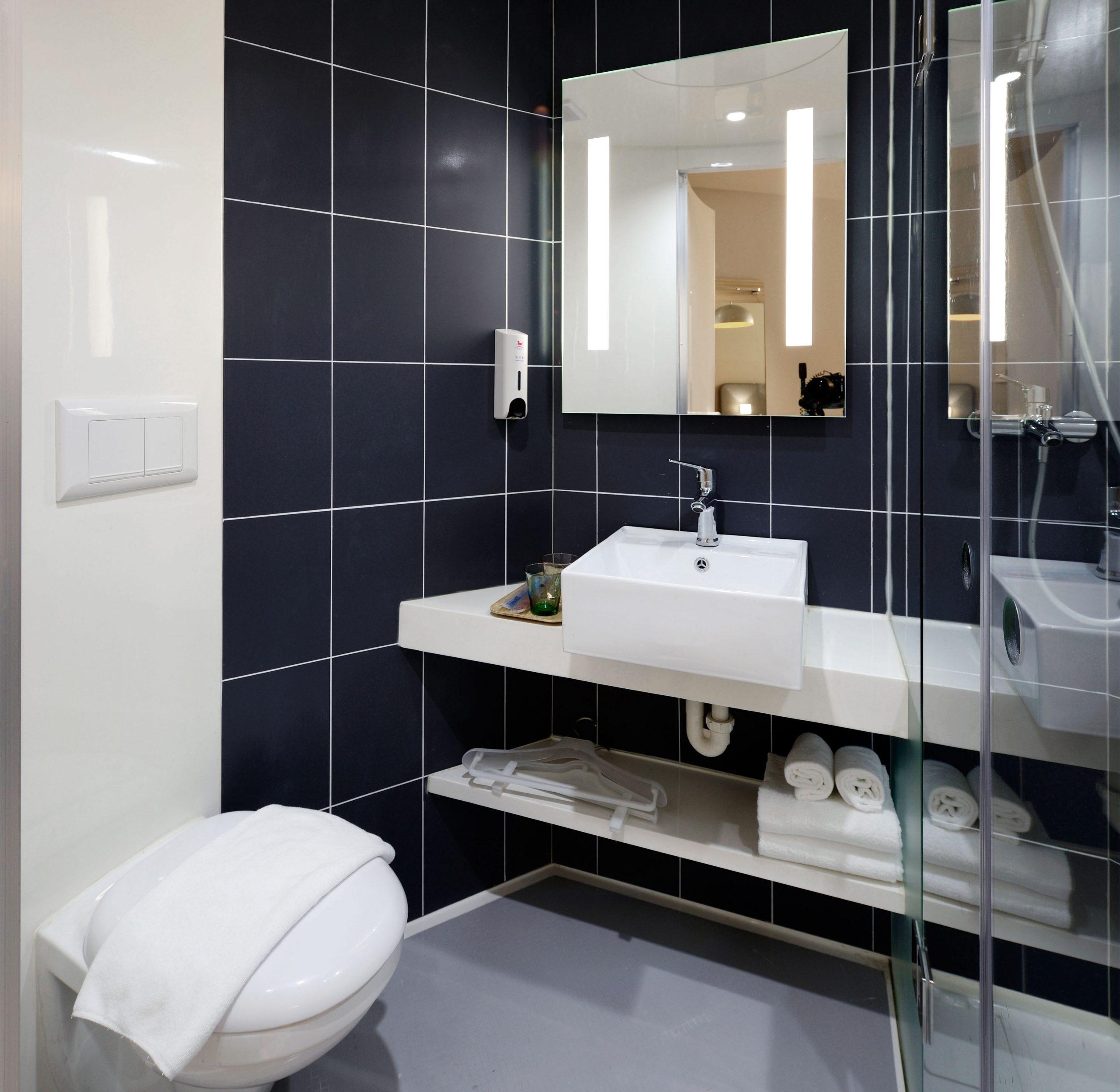 Most Popular Bathroom Designs in San Diego scaled